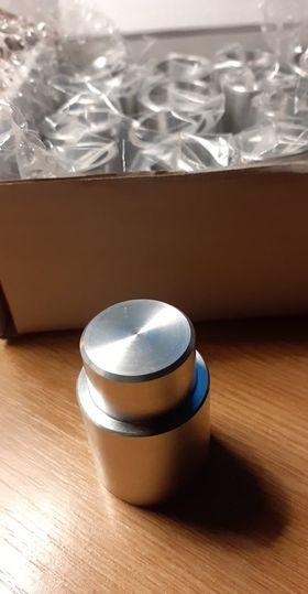Aluminium holders