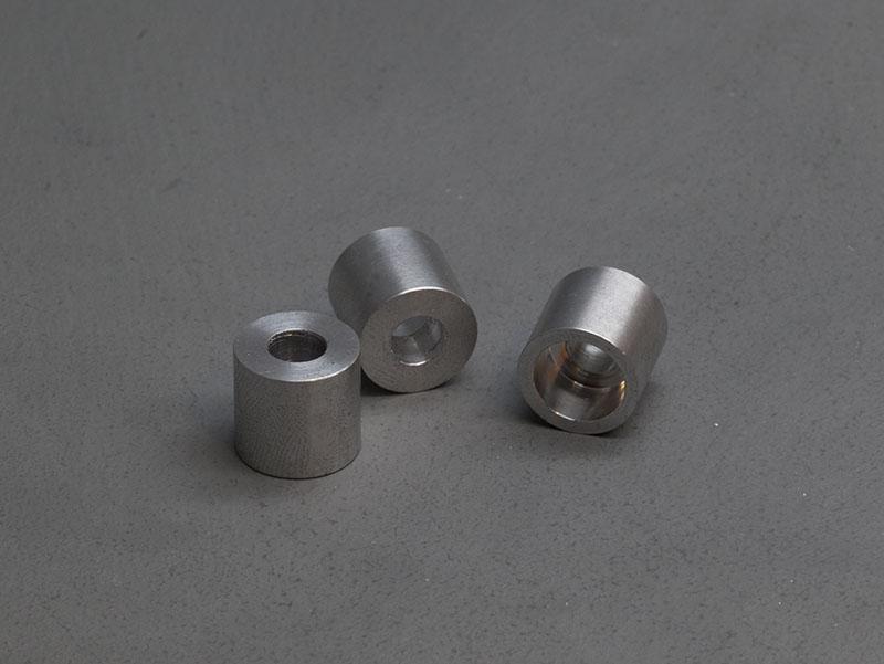 3 small aluminium bolt shrould