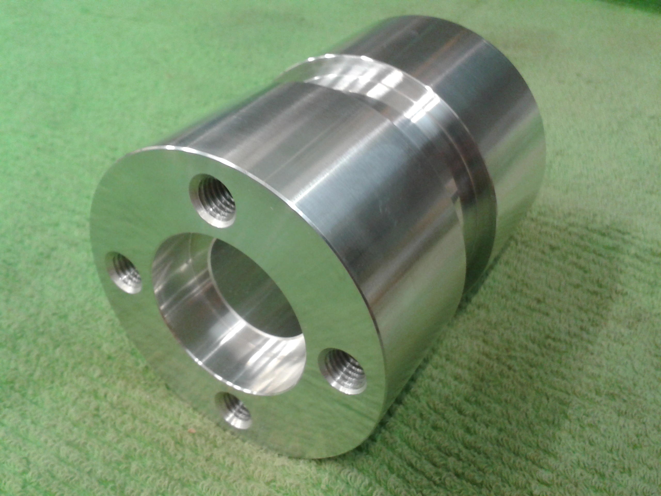 Aluminium drum shell for combat robot